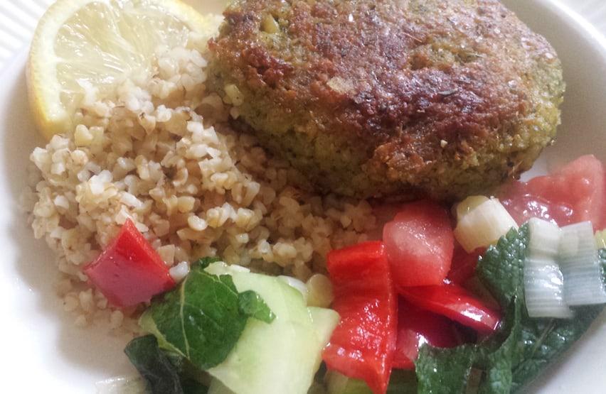 recept Veganistische bulgursalade met falafel